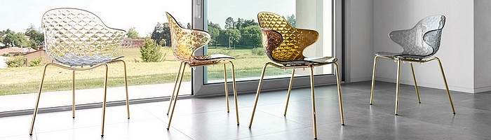 Chaises & tabourets